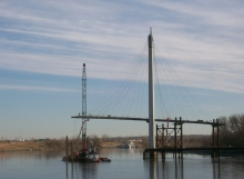 Missouri River Pedestrian Bridge Erection Engineering